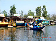 House Boats Kashmir Holiday Travels India